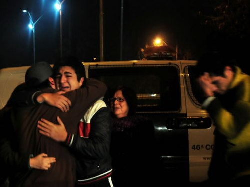 El hermano de Manuel Gutiérrez, joven muerto por un disparo durante la madrugada de ayer (25 de agosto) en la comuna de Macul, denuncia que el tiro fue efectuado por Carabineros de Chile.