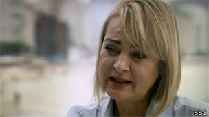 La parlamentaria Liliam Sá critica la falta de programas públicos serios.