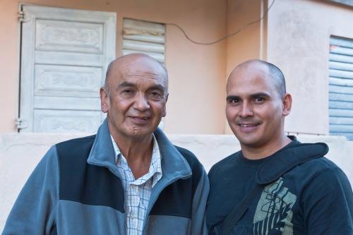 Renato González y su hijo en Cienfuegos (Cuba) en enero de este año