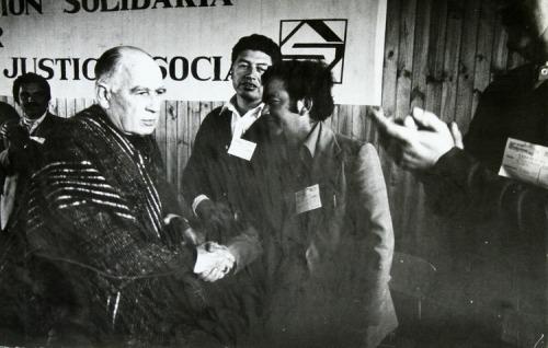 El cardenal Raúl Silva Henríquez desafió al general Augusto Pinochet al fundar la Vicaría de la Solidaridad. Fundación Documentación y Archivo de la Vicaría de la Solidaridad.
