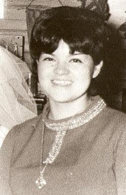 Juanita del Carmen Cofre Catril-de 22 años militante de la Juventud Socialista 1973