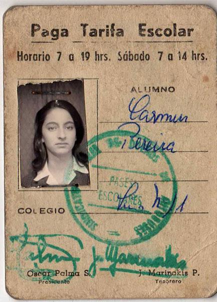 Carnet escolar de Reinalda Pereira. Archivo familiar.