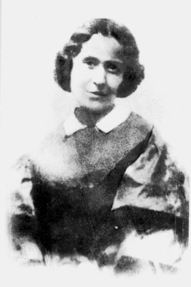 Jenny Marx en Brighton, Inglaterra, en 1864, donde celebró su nueva vida de comodidades de su familia tras recibir unas herencias que les proporcionaron más dinero del que jamás habían poseído.